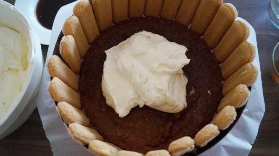 06 Zusammenbau der Torte Kopie