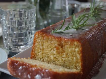 Joghurtkuchen mit Honig und Rosmarin (6 von 6)