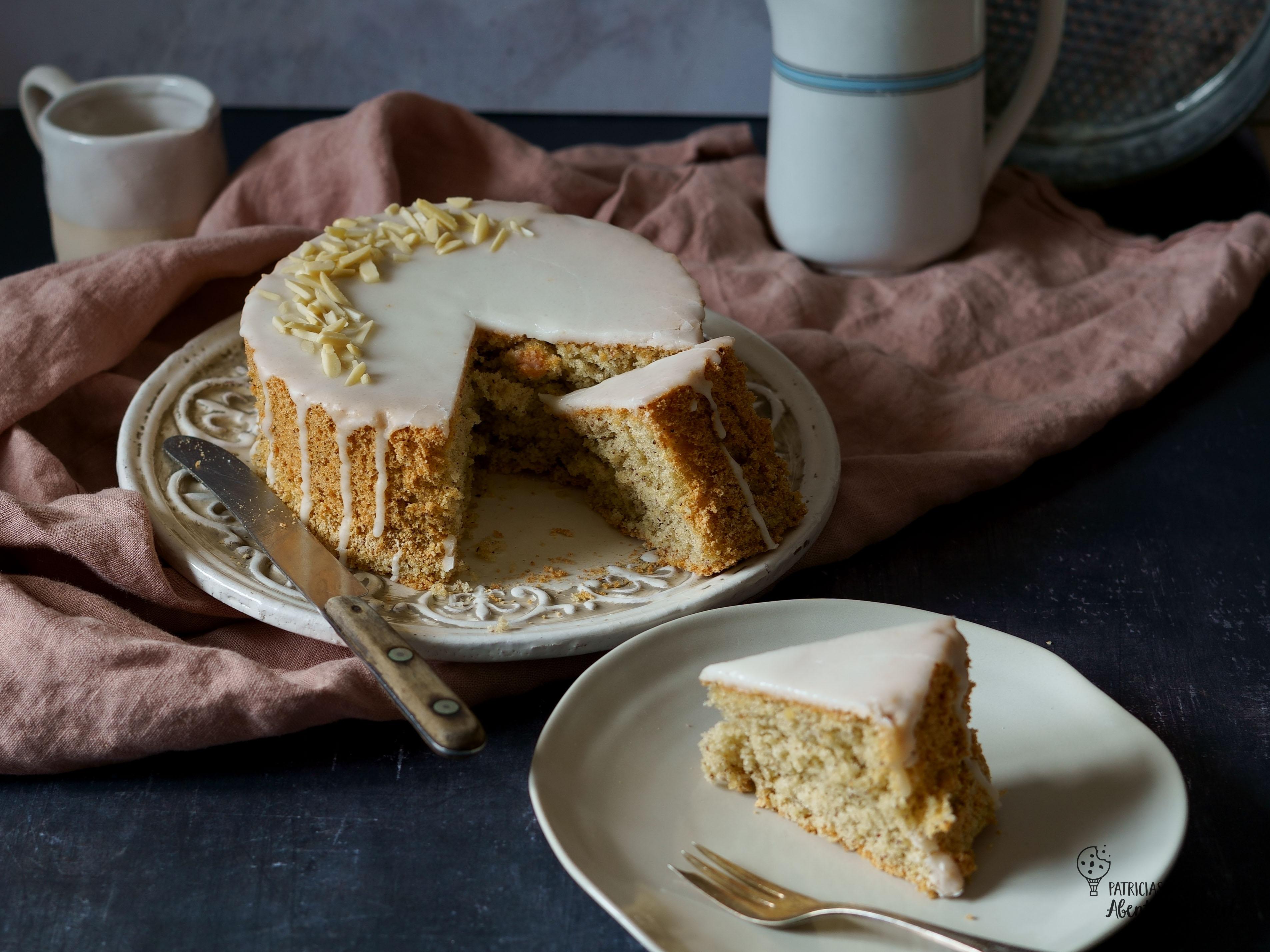Grieskuchen mit Mandeln